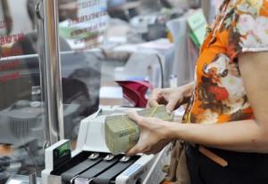 Nhiều người bị ngân hàng từ chối cho vay do các thủ tục pháp lý chưa hoàn thiện.
