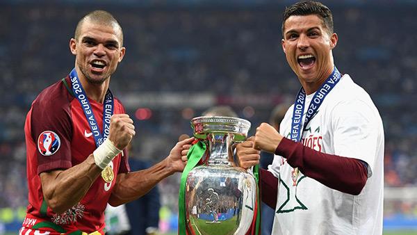 Ronaldo và Pepe đoạt cup Euro sắp được Real thưởng lớn