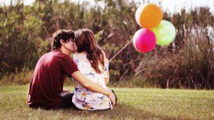 giải mã giấc mơ thấy cảnh hôn nhau