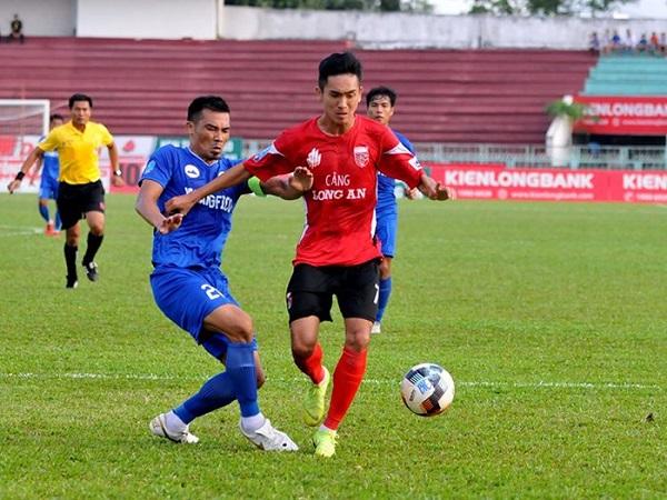 Long An thắng đậm Tây Ninh trên sân nhà